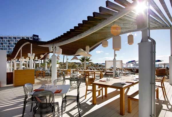 decking beach club